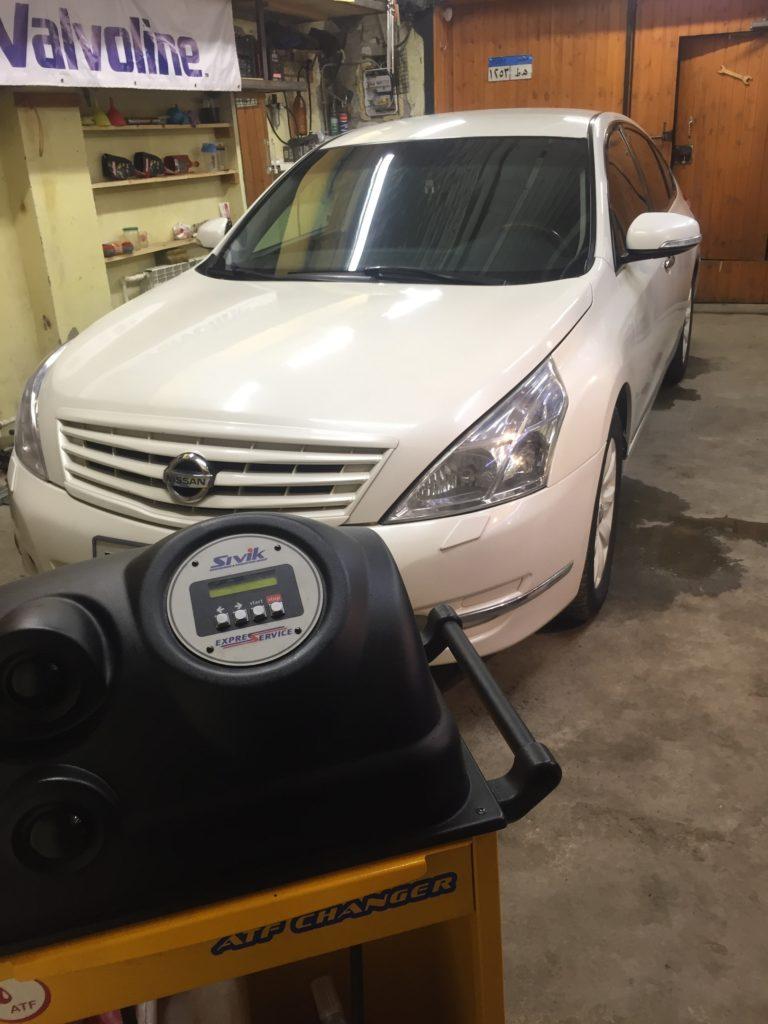 подготовка Nissan-Teana к замене масла в вариаторе